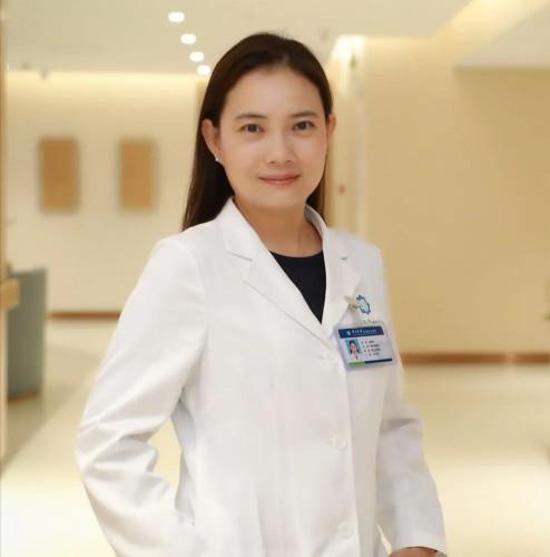 生死交接!廣東首名澳門籍執業醫生煉成記