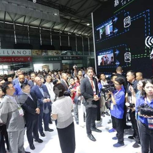 中國運營商和設備商公佈5G發展計劃 首個5G全息視頻通話打通