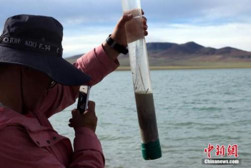 中國二次青藏科考分隊開啟北線行程 完成達熱錯採樣